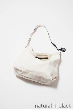 レザーバッグ・革バッグRENのショルダーバッグ、キャンバスエイト バイオ・メールバッグLの商品画像/nblack