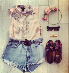 Love this summer look #Fashion #OOTD