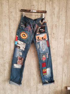 Vintage Levis vintage lee Levis 501 Boyfriend Jeans Button Fly V Vintage Jeans, Jean Vintage, Vintage Woman, Vintage Clothing, Unique Clothing, Clothing Ideas, Mode Outfits, Retro Outfits, Vintage Outfits