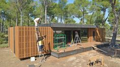 French architectural firm Multipod Studio recently unveiled a new sustainable house that can be built in four days using only a screwdriver.