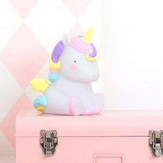 Lámpara de mesa infantil en forma de unicornio con colores pastel