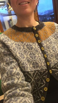 Ventetid av Kristin Wiola Ødegård Men Sweater, Sweaters, Fashion, Moda, Fashion Styles, Men's Knits, Sweater, Fashion Illustrations, Sweatshirts