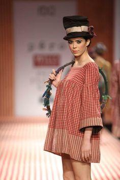 Pero by Aneeth Arora Autumn Winter 2013 at Wills Lifestyle India Fashion Week Delhi