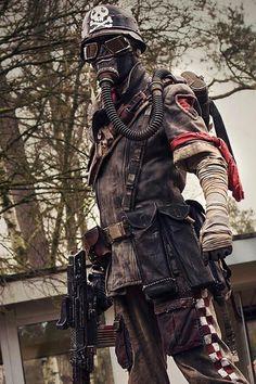 Wasteland Warrior / Raider / Survivor / Post Apocalyptic Fashion / Fallout / Cosplay Photography // ♥ More at: https://www.pinterest.com/lDarkWonderland/
