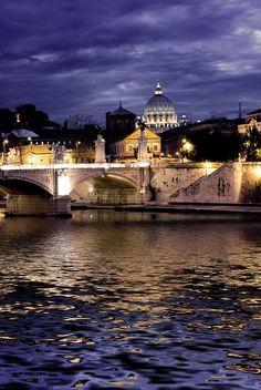 Beautiful view of Ponte Vittorio Emanuele II #travel #rome #italy
