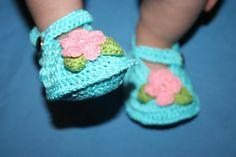flower shoes crochet