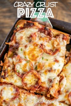 Crazy Crust Pizza - our new favorite pizza! No rolling out dough - the crust is made from a liquid batter. Top the pizza with your favorite toppings. Pizza Recipes, New Recipes, Dinner Recipes, Cooking Recipes, Favorite Recipes, Pour Pizza Recipe, Sausage Recipes, Favourite Pizza, Good Pizza