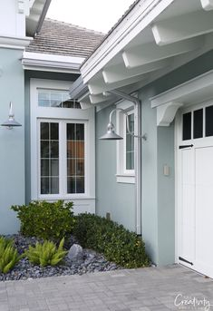 How to Choose the Right Exterior Paint Colors - Home & DIY Stucco House Colors, Outside House Colors, Exterior Paint Colors For House, House Color Schemes, Paint Colors For Home, Exterior Paint Ideas, Outdoor House Colors, Modern House Colors, Exterior House Paint Colors