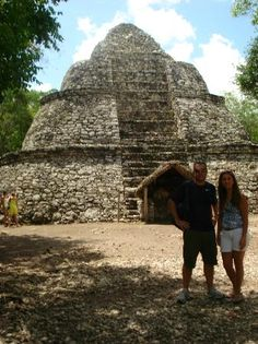 May 2019 - Coba (pronounced cō-bǝ) is an ancient Maya city on the Yucatán Peninsula, located in what is now northeastern Quintana Roo, Mexico. Vacation Resorts, Vacation Places, Dream Vacations, Vacation Spots, Places To Travel, Great Places, Places To See, Coba Ruins, Mexico Pictures