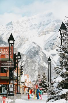 Experience Banff — Canada's legendary ski and snowboarding destination and mountain town. New Travel, Winter Travel, Canada Travel, Holiday Travel, Solo Travel, Travel Tips, Places To See, Places To Travel, Travel Destinations