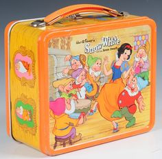 on Apr 2015 Vintage Lunch Boxes, 1970s Childhood, School Lunch Box, Metal Lunch Box, Seven Dwarfs, The Seven, Lunch Time, Show And Tell, Old And New