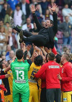 Yo ni le voy al Atletico de Madrid pero me alegro mucho que hayan salido campeones sobretodo por el Cholo Simeone.