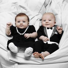 Baby twins are the cutest! I wish I can have a boy-girl twin one day. :)