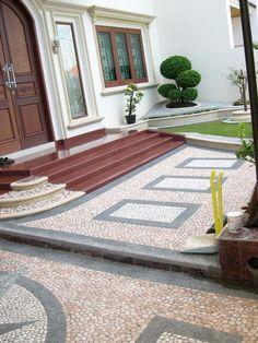 Stone brush for carport motif Modern Entrance Door, House Entrance, Home Interior Design, Exterior Design, Interior Architecture, Minimalist House Design, Minimalist Home, Classic House Exterior, House Front Design