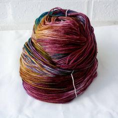 Hand dyed DK / 8ply 100% Merino - Danphe