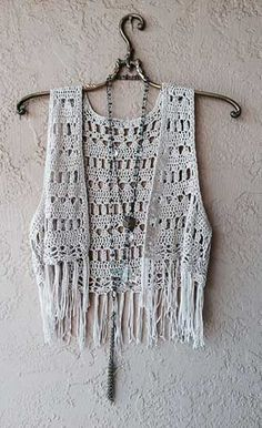 Image of Bohemian Coachella fringe crochet vest for summer of love (Diy Ropa Summer) Crochet has never been more popular on the high street - be inspired and crochet yourself something fashion-forward! A waistcoat on the high street: click Jens Pirate Boo Gilet Crochet, Crochet Vest Pattern, Crochet Diy, Crochet Woman, Crochet Cardigan, Love Crochet, Crochet Shawl, Knitting Patterns, Crochet Vests