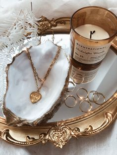 Truly Blessed Jewels is a handmade Gold Filled Jewelry Line. Our jewelry has an. Cream Aesthetic, Gold Aesthetic, Classy Aesthetic, Aesthetic Room Decor, Aesthetic Vintage, Aesthetic Fashion, Jewelry Dish, Shell Jewelry, Jewellery