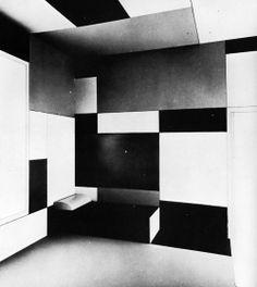 Piet Mondrian, Salon of Madame B., Dresden, Germany, 1923