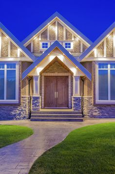 Brighten up the #exterior of your #home with Maxxima #LED #lights!