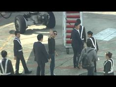 140912 Lee Min Ho 이민호 leaving Taiwan @ Taoyuan International Airport (waving to fans)