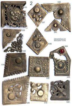 Book Crafts, Diy And Crafts, Arts And Crafts, Book Cover Design, Book Design, Book Art, Decoupage, Book Furniture, Medieval Books