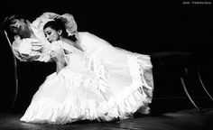 Nureev and Margot Fonteyn often danced La Dame aux Camelias: roughly 40 times at Covent Garden, then at La Scala in Milan,at the Paris Opera for the memorable Centenary Gala for the Figaro on Nov 17th 1966, in South and North America in 1975 and in London for the last time in 1977.