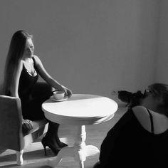 Zdjęcie z #backstagebrabijou, na zdjęciu nasza modelka Aleksandra Kapela i autorka zdjęć Zosia Mackiewicz w ferworze pracy. Dziękujemy Wam dziewczyny! www.brabijou.com