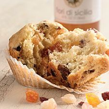 panettone muffins--another wonderful recipe from king arthur flour. perfect for the holiday gift basket, breakfast or teatime.