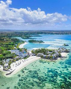 Tag who would you like to be there with • • To-do List: Discover Mauritius.✔ • • @michutravel • • Shangri-la Le Touessrok • • Mauritius • #️⃣ • #todolistmagazine #resortsmagazine #travel #discover #explore #travel