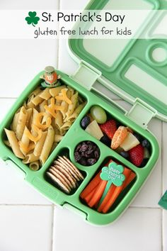 This quick and healthy gluten free bento style lunch for kids is perfect for St. Bento Box Lunch For Kids, Bento Kids, Kids Lunch For School, Healthy School Lunches, Lunch To Go, Lunch Snacks, Lunch Ideas, Girls School, School Ideas