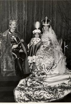 Charles I of Austria Emperor of Austria King of Hungary and King of Bohemia from 1916 to 1918 coronation as Hungarian King Charles IV fltr. Royal Crowns, Royal Jewels, Crown Jewels, Kaiser Karl, Franz Josef I, Friedrich Ii, Austrian Empire, Sissi, Archduke