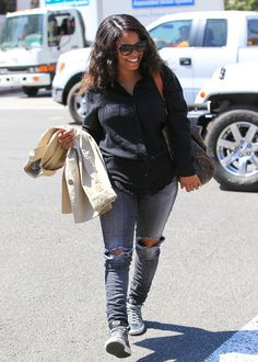 Nia Long Photos Photos - Nia Long is spotted walking around Los Angeles. - Nia Long Is Spotted Walking Around Beverly Hills Chic Outfits, Fashion Outfits, Womens Fashion, Nia Long, Black Goddess, Pixie Styles, Short Black Hairstyles, Celebs, Celebrities