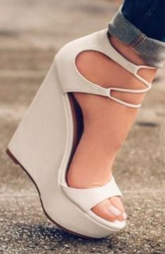 Fabulous Cool Ideas: Fall Shoes Plus Size cute shoes pumps.Yeezy Shoes Cheap cool shoes to buy. Pretty Shoes, Beautiful Shoes, Cute Shoes, Me Too Shoes, Prom Shoes, Wedding Shoes, Crazy Shoes, Shoe Collection, Wedge Shoes