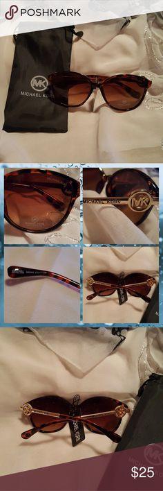 Sunglasses Pretty tortoise shell sunglasses nee with tags Accessories Sunglasses