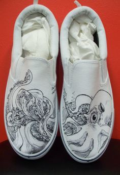I am going to create shoes with a similar illustrated style as these, but on hi top converse! Custom Vans, Custom Sneakers, Custom Shoes, Painted Clothes, Hand Painted Shoes, Painted Toms, Painted Sneakers, Creative Shoes, Shoe Sketches