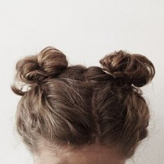 Image about hair in tan/beige by j. on We Heart It Messy Hairstyles, Pretty Hairstyles, Two Buns Hairstyle, Dreadlock Hairstyles, Black Hairstyles, Wedding Hairstyles, Style Tumblr, Good Hair Day, Gorgeous Hair