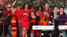 Escondido, Oct 9: Sue Palmer & Her Motel Swing Orchestra