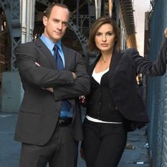 93 Entertainment Ideas In 2021 Chris Meloni Fuller House Season 3 Benson And Stabler