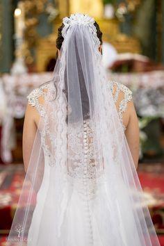 #velosdenovia Lace Wedding, Wedding Dresses, Fashion, Bridal Veils, Wedding Dress Lace, Bridal Gowns, Simple Style, Photo Style, Bride Dresses