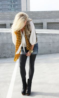 love the dotted scarf