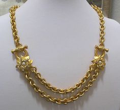 Exquisite Vtg JESARA Matte Goldtone, Clear Rhinestone & Faux Pearl Necklace MINT