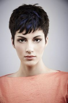 Black Hair with Blue Highlights: Pixie Haircuts for Long Face