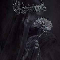 """Oblivions Soul"" - ""The Veil"" (2016)  Model - @fox.and.lionheart  Crown - @hysteriamachine  Photography - Sheridan's Art  #dark #gothic #veil #macabre #blind #fantasy #fairytale #fantasyphotography #flower #fairytailephotography #ghost #sheridansart #queen #vampire #fineart #contemporary #contemporaryphotography #crown #forgotten #queen #fallen #halloween #faceless #crown #ghost #horror"