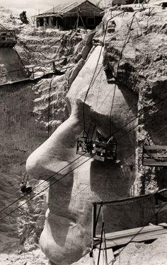 Construction of Mt. Rushmore Edwin L. Wisherd.