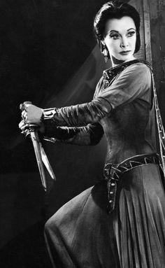 Vivien Leigh als Lady Macbeth gefotografeerd door Angus McBean, 1955