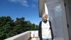 Irmelin på balkongen