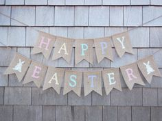 This listing is for a Happy Easter burlap banner. Banner details: -burlap pennants each measure 4.5 inches wide by 6.5 inches long. - two