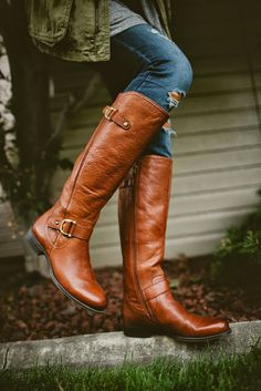 Twenties Girl Style: It's All About the Boots - Naturalizer Jersey Boots in Banana Bread