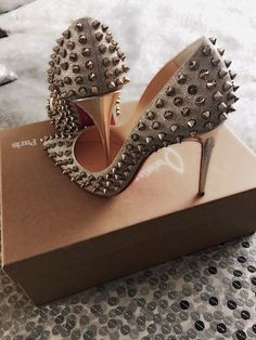 Fashion Brands Youve Been Pronouncing Wrong fashion shoes Hot Shoes, Crazy Shoes, Me Too Shoes, High Heels Boots, Shoes Heels, Tan Heels, Stilettos, Christian Louboutin Outlet, Beautiful Shoes