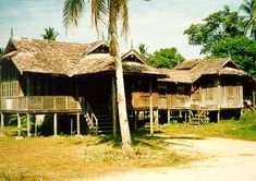 One Malaysia: Geography | traditional malay house